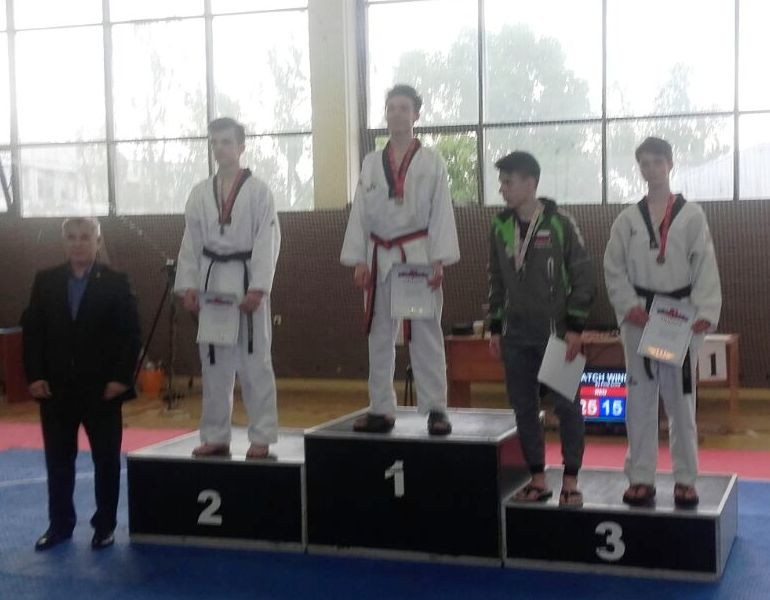 Juniors_male_59kg