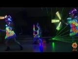Танцевальное лазерно-пиксельное шоу Москва