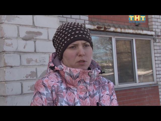 УК «Креатив» расчищает дороги на Красной, 121