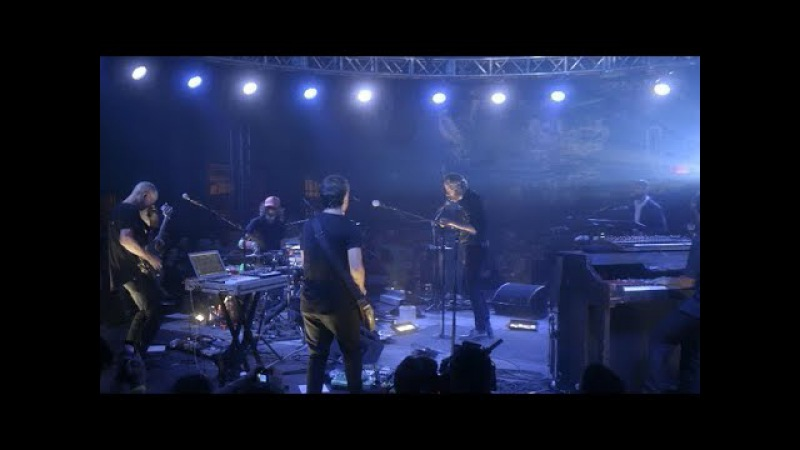 The National performs The System Only Dreams in Total Darkness