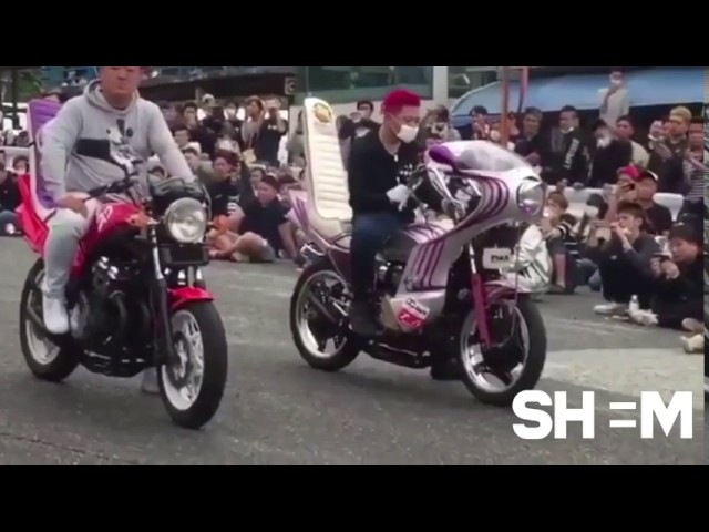 Залипательно Японское мото шоу газуют музыку