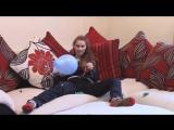 kat jones - Jump and squeeze balloons