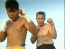 Yodthong Senanan - Классическое передвижение вперед и назад в тайском боксе.