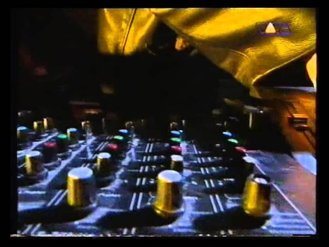 Source Direct - DJing live @ Viva