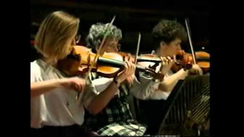 The Scottish Fiddle Orchestra - Highland Schottische 1