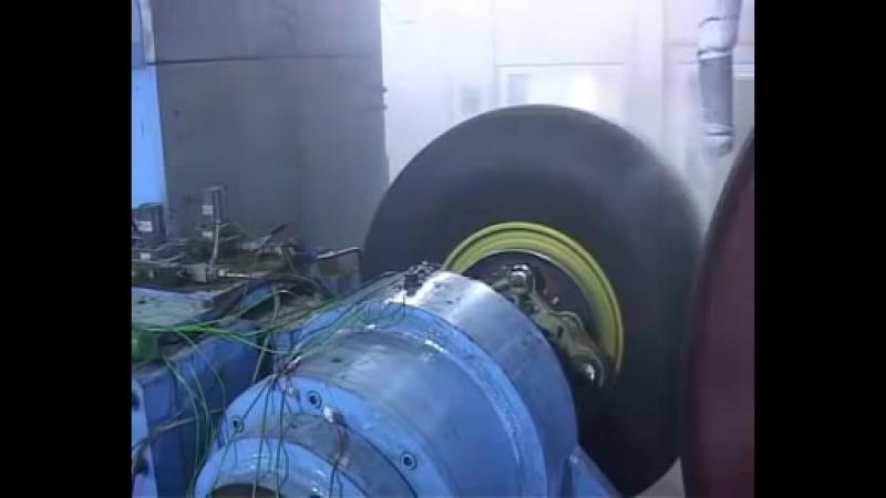 Airbus A380 800 Тест тормозной системы самолёта