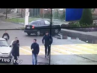 Стоп Хам - драка и двойной наезд на пешеходов - г. Тихорецк 2016.