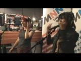 2 Fabiola - Lift U Up remix  ( Live !! ) MNM let's have a big time