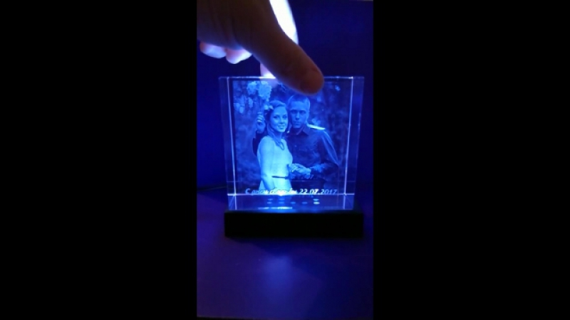 Кристалл 10*10*5 с гравировкой внутри стекла. Рамка, фоторамка, фотокуб, фотокристалл
