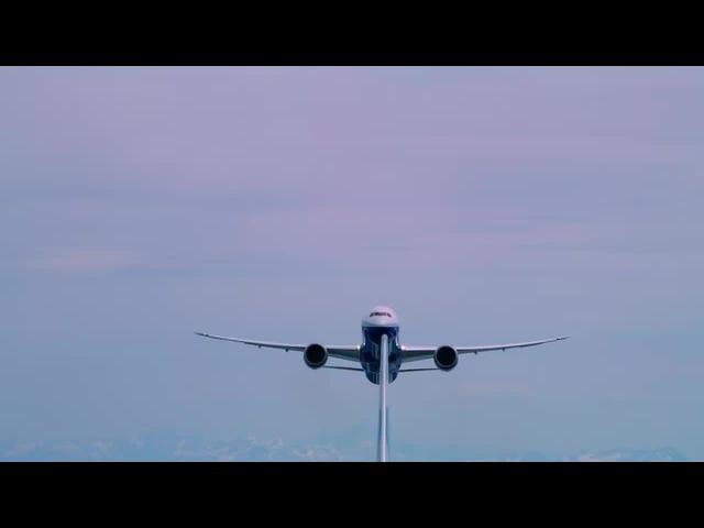 Boeing 787-10 Dreamliner and 737 MAX 9 soar together