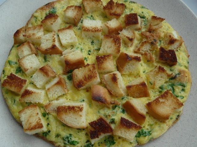 Самый вкусный омлет/ Как приготовить омлет с гренками/Что приготовить на завтрак?