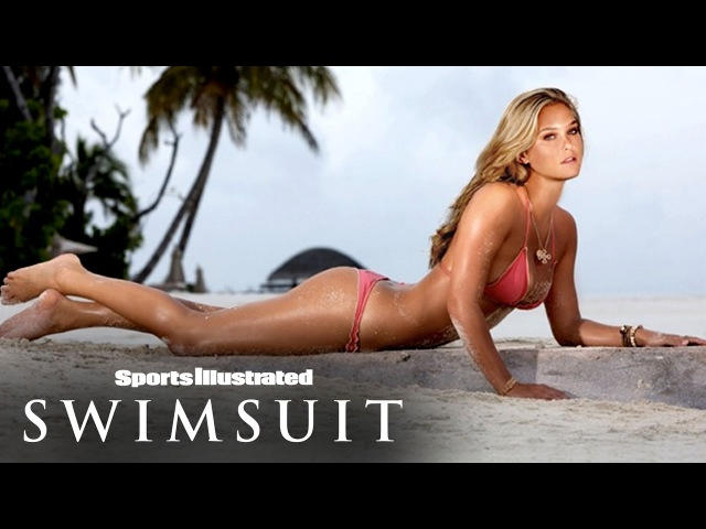 Bar Refaeli Gets Wet In The Maldives Sports Illustrated Swimsuit