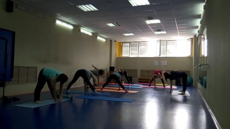 Работницы Сибкабеля в спортзале