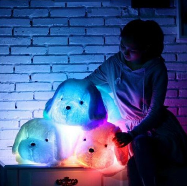 Светящиеся мягкие игрушки!)  https://ru.aliexpress.com/store/product/1Piece-50cm-colorful-glowing-dogs-luminous-lighting-LED-plush-children-toys-for-girl-White-baby-toy/1678177_32585385383.html?detailNewVersion=&categoryId=2601
