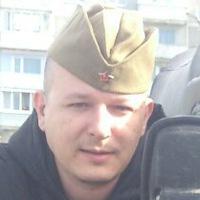 Денис Стариков
