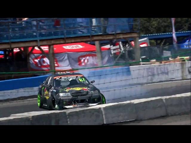 Daigo Saito's insane jump drift at Ebisu VOL 2