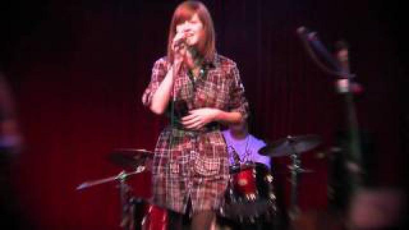 MOREMONEY - HATE (live 11.10.2009)