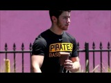 Nick Jonas Shows Off His Muscles After Hitting the Gym