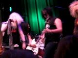 Redlight Attraction - Rockin' Tonite (Live @ Rest In Sleaze)