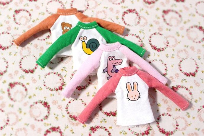 Как сшить футболку для куклы