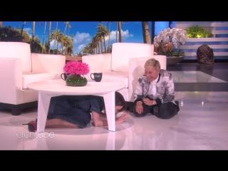 Ellen Ups Her Scare Game for AHS: Cult Star Sarah Paulson RUS SUB