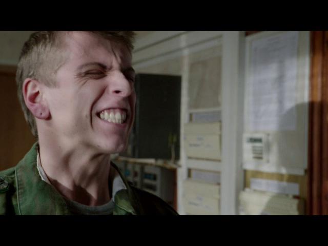 Чернобыль. Зона отчуждения: Пограничник-гей из сериала Чернобыль. Зона отчужден ...