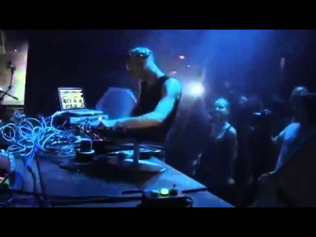 4:26:27 Richie Hawtin Matador live @Space Ibiza 25/07/2013 Enter Week 04