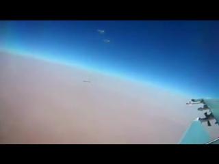 Пуск бомбардировщиками Ту-95МС крылатых ракет Х-101 по объектам ИГИЛ в Сирии