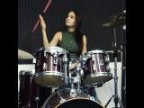 Хотите видос про барабаны Например, как начать учиться играть на этом инструменте