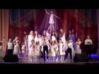 27.11.16 года КМЦ. Отрывок из концерта посвященного Дню Матери.