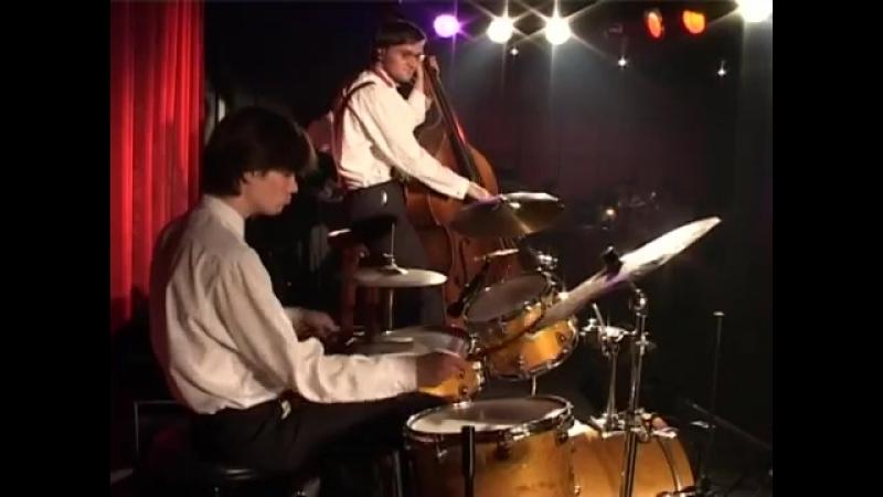 Svet Boogie Band Live at JVL Art Club. July 10, 2004. Part 3