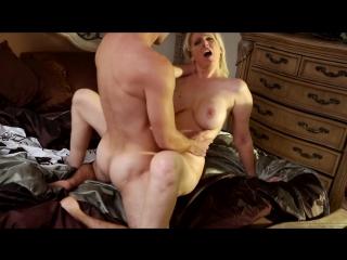 Секс с мамой зрело домашнее видео фото 338-21