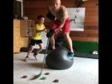 Тренировка на баланс в парах
