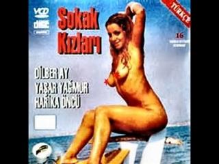 Sokak Kızları (1979)Yavuz Figenli - Dilber Ay ,  Çetin Başaran ,  Harika öncü