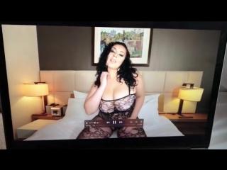 Горячая брюнетка Anastasia Lux с потрясающими формами , big titts , big boobs , curvy , chubby girl , bbw , plus size , milf
