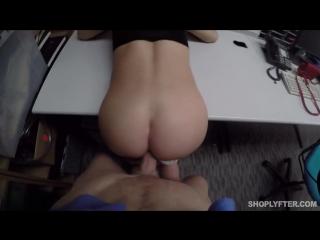 Полицай образумил молоденькую симпатичную шлюшку [секс, трах, минет, давалка, порно, sex, porn]