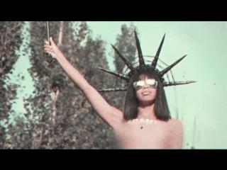 Femen вместо Ленина, или Статуя шоколадной Свободы в Киеве