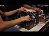 No talk, just sound - Vinayaka &amp NoLatency feat. Moog Mother 32