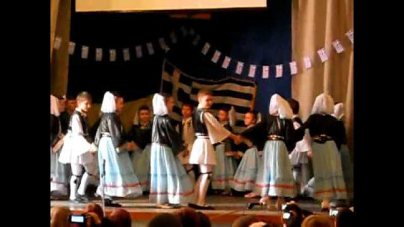 Греческий танец Падараки
