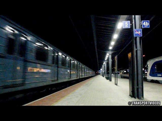 Metrótranszport halad Vácon át Moszkva felé