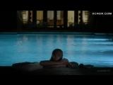 Обнаженная Келли Линч плавает в бассейне – Город мечты (2012
