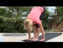 Утренняя практика йоги восхитительной певицы Валерии на террасе виллы крымскийбриз специально для MUZ TV в рубрике Тело в дело