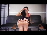giantess marias tiny foot slave sfx
