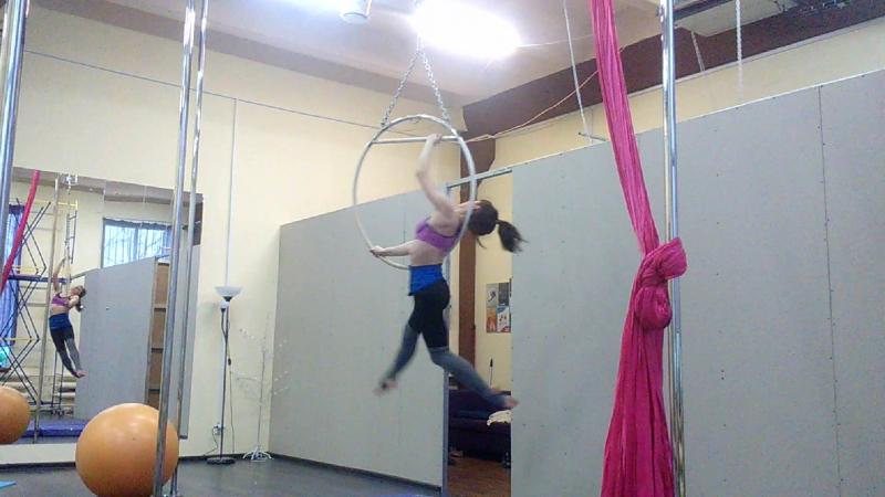 воздушное кольцо / aerial hoop студия MaryLi Тверь