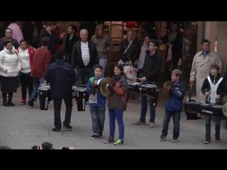 Музыкальный флешмоб party rock anthem - lmfao -flashmob