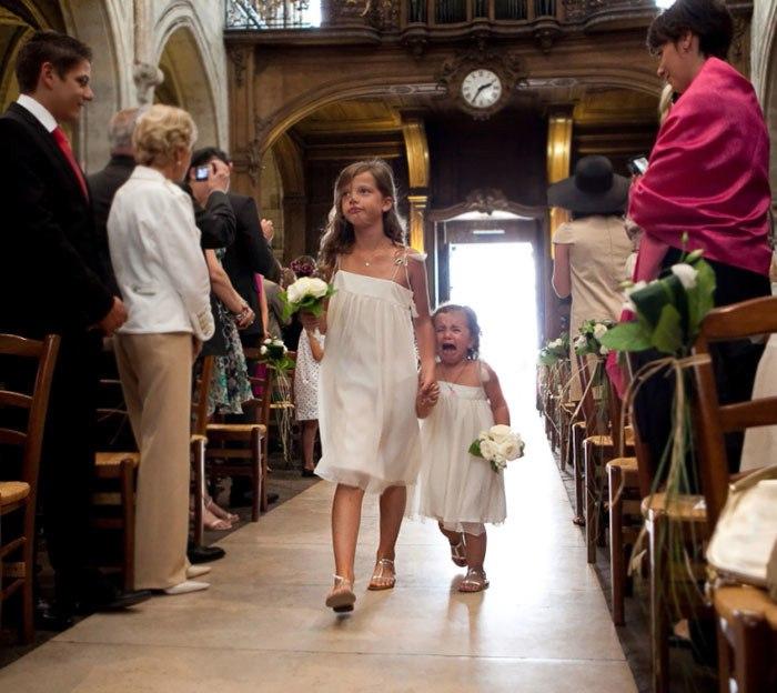 ORaKTI6rwdA - Эмоции детей на свадьбе