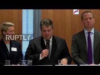 Германия: Получение беженцев на рынке труда в «вызов» говорит Вице-Канцлер Габриэль.