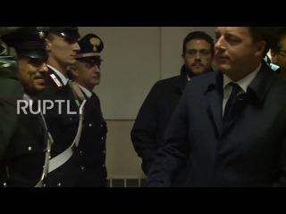 Италия: Ренци посетил полицейский участок целенаправленную в Болонье взрыва.