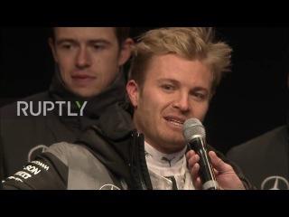 Германия: Нико Росберг завершает работу Ф1 после того, как стать чемпионом мира.