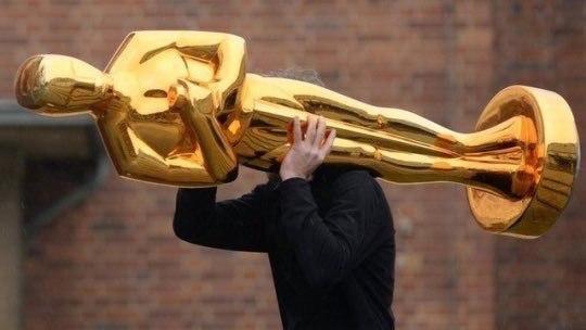 Размер моего Оскара, когда закрываю долги и говорю преподам, что в сле